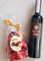 Süßes Duo bestehend aus Barolo Chinato und den verführerischen Cuneesi al rhum